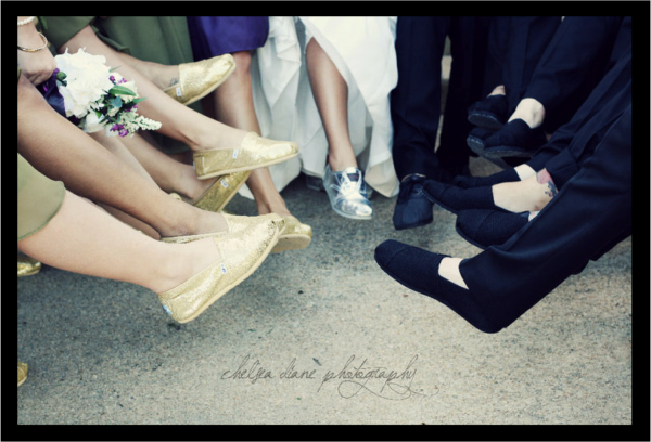 toms-wedding-shoes-artistic-wedding-photography-charitable-wedding-ideas_0.original