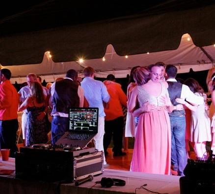 newport-wedding-djs-lm